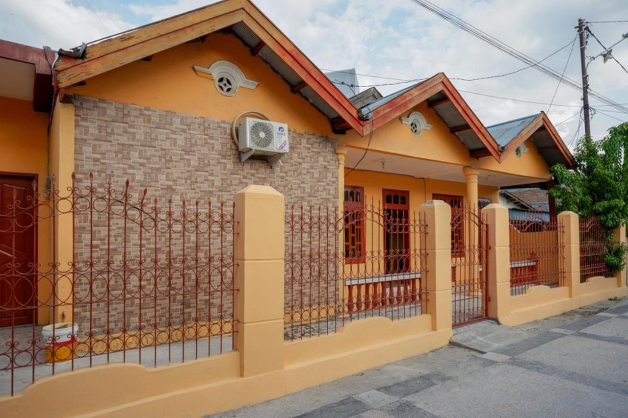 Гостевой дом  RedDoorz Near Universitas Alkhairaat Palu