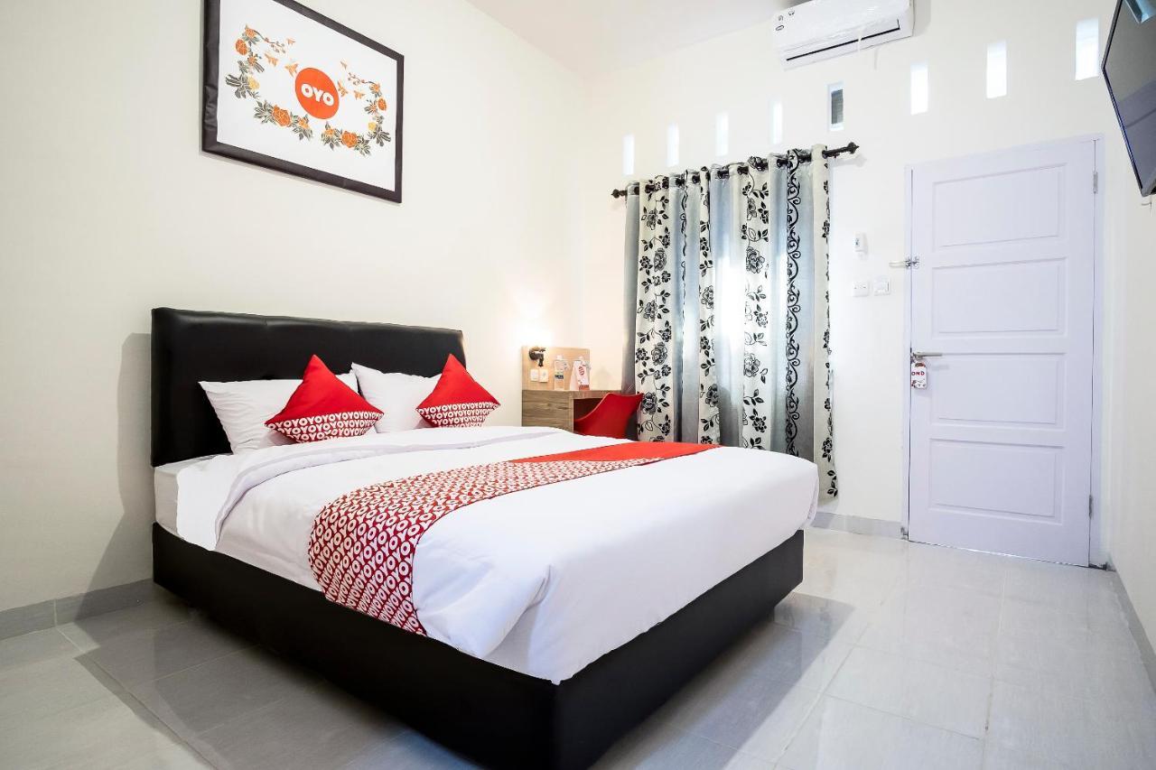 Отель  OYO 873 Kamani Homestay Syariah  - отзывы Booking