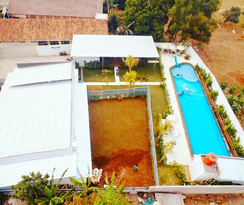 Bed And Breakfast Bali Garden Pool Bogor Indonesia Booking Com