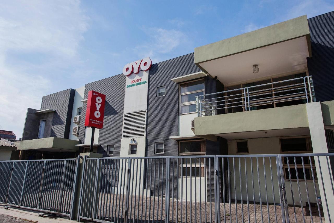 Oyo 143 Dukuh Kupang Residence Surabaya Harga Terbaru 2021