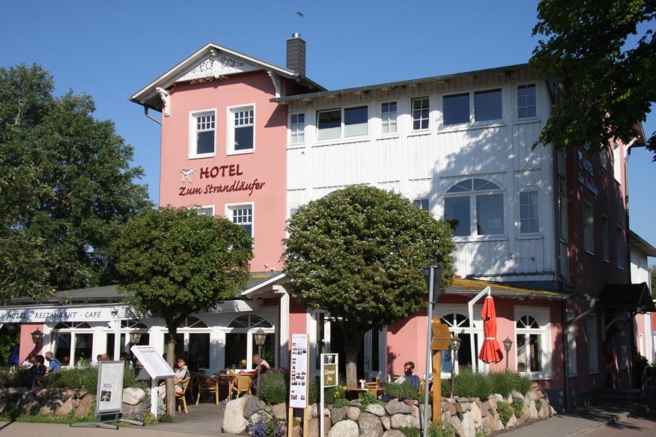 Отель  Hotel Zum Strandläufer