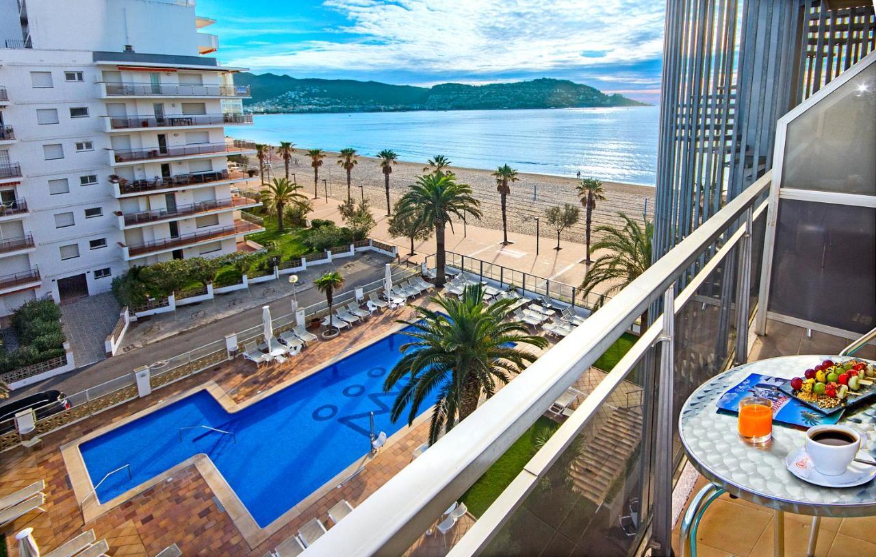 Отель  Hotel Monterrey Roses by Pierre & Vacances  - отзывы Booking