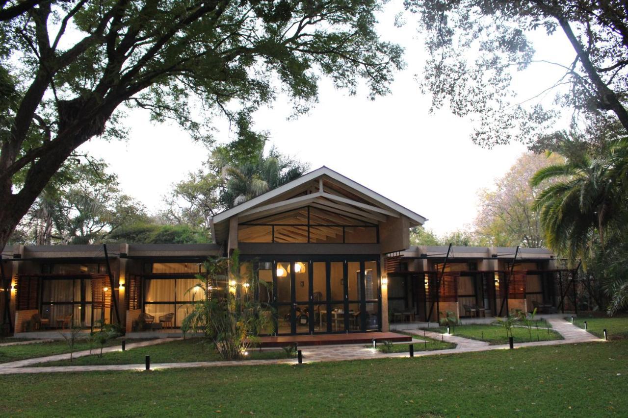 Гостевой дом  Гостевой дом  Sandalwood Lodge