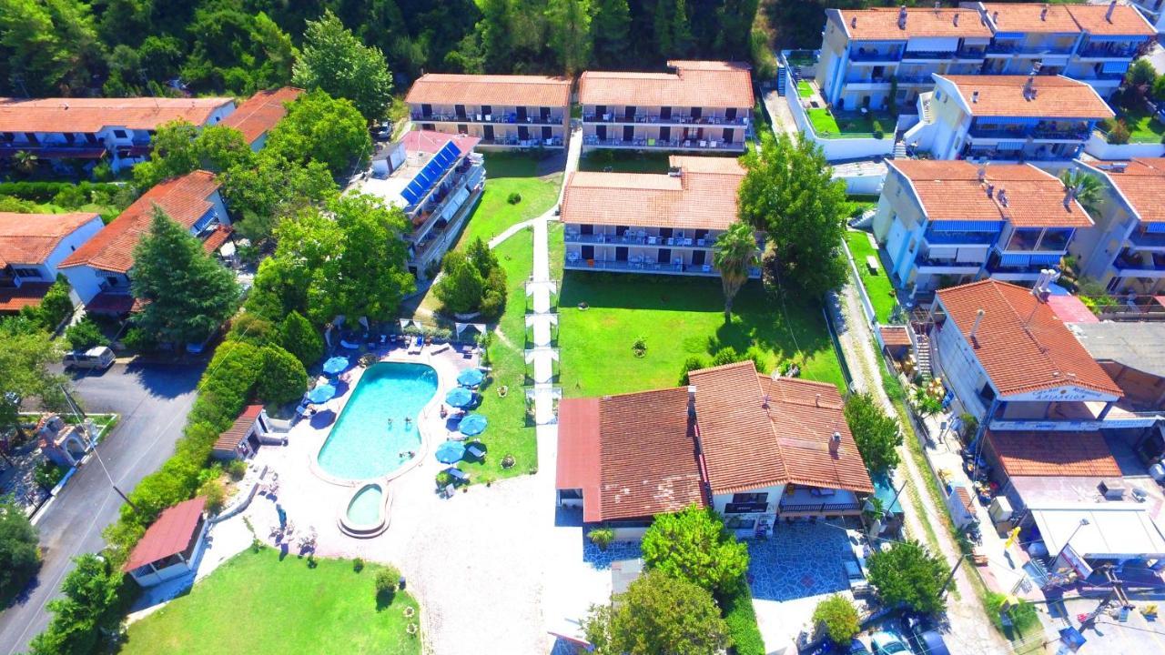 Отель  Jenny Hotel  - отзывы Booking