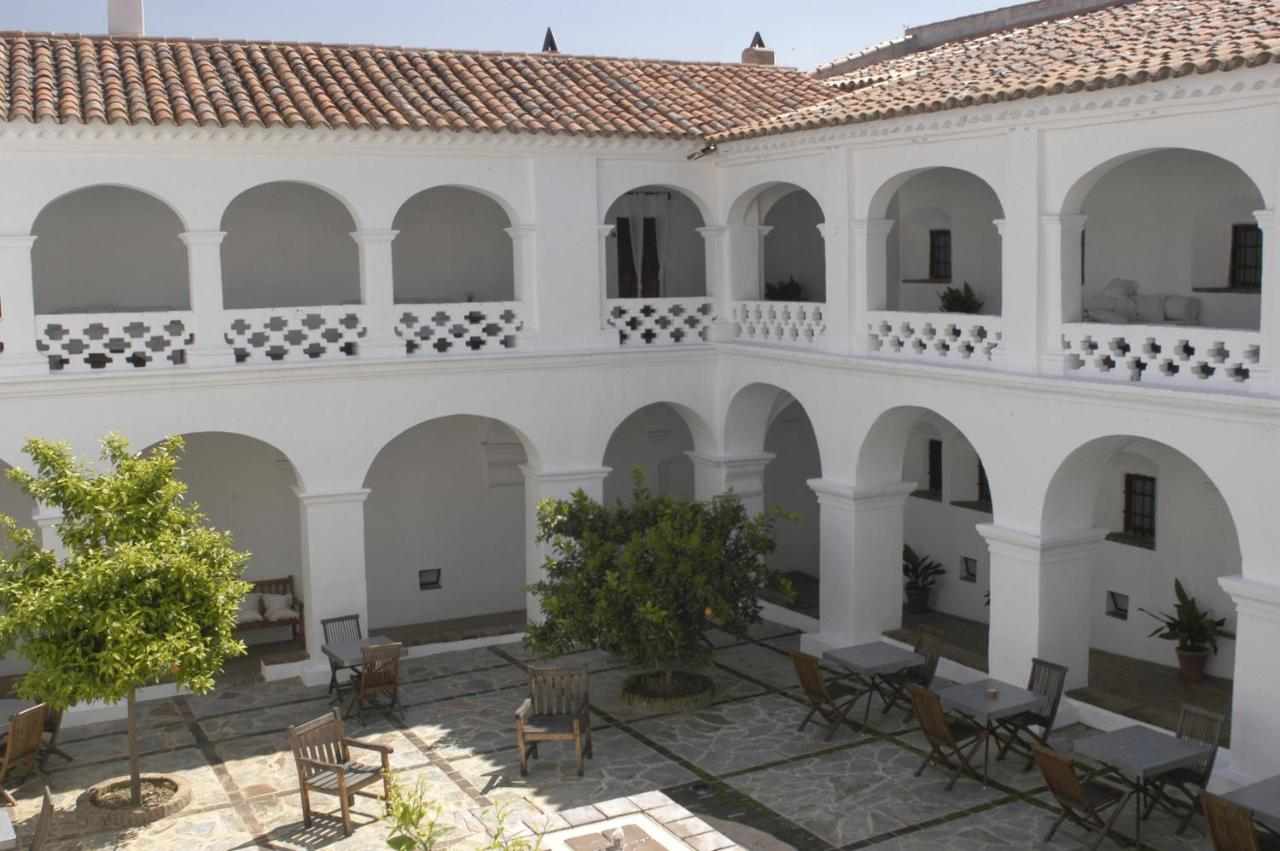 Отель  Hospederia Convento De La Parra - Only Adults