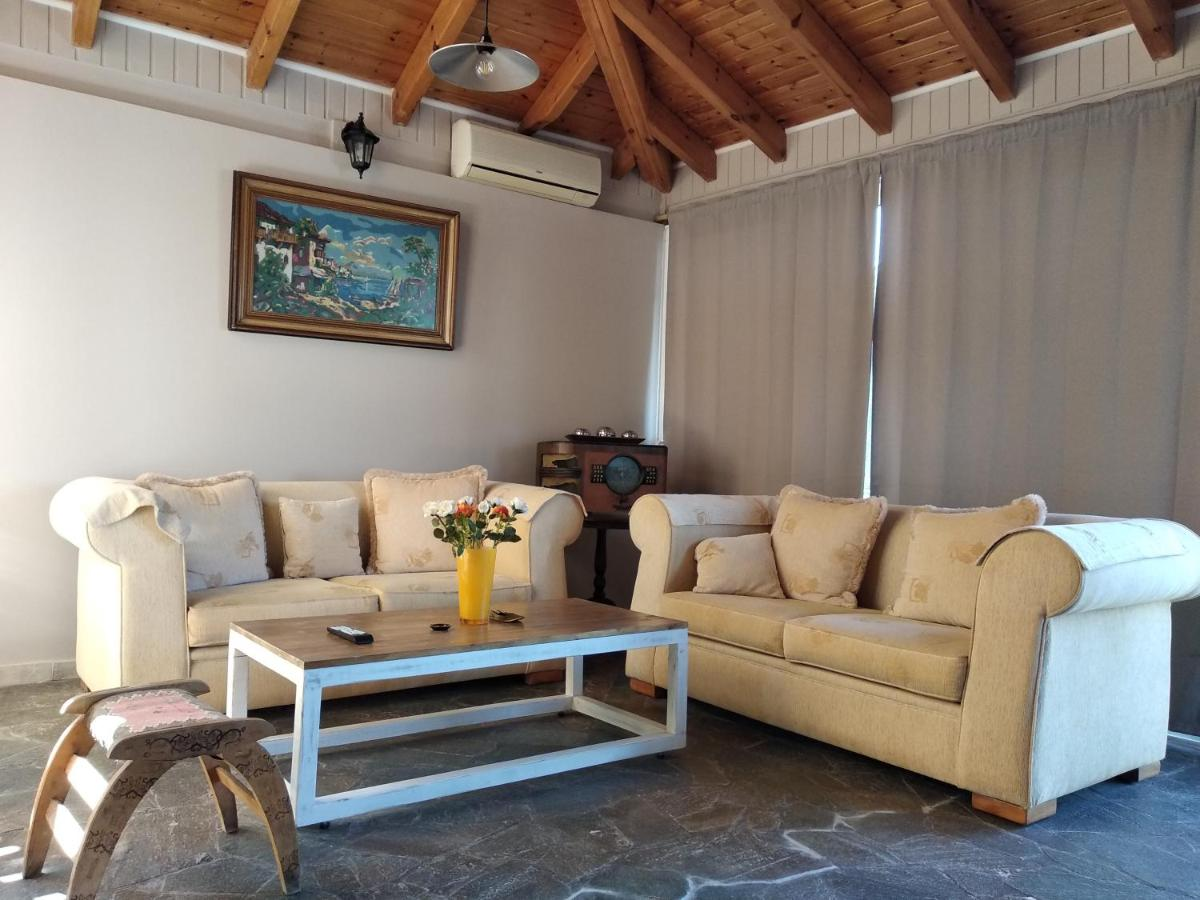 Дом для отпуска  Alternative country house 10 minutes from Athens airport  - отзывы Booking