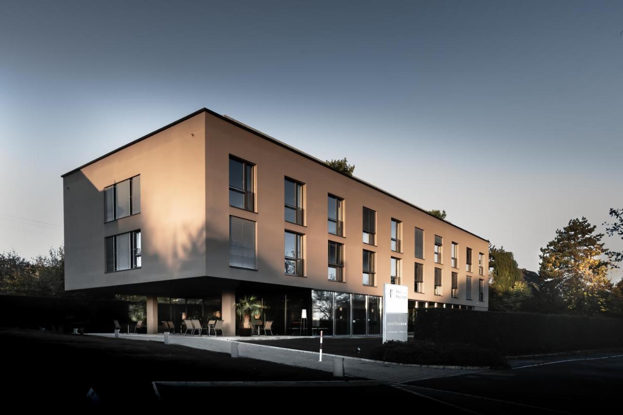 Отель  Hotel Kreuzlingen Am Hafen
