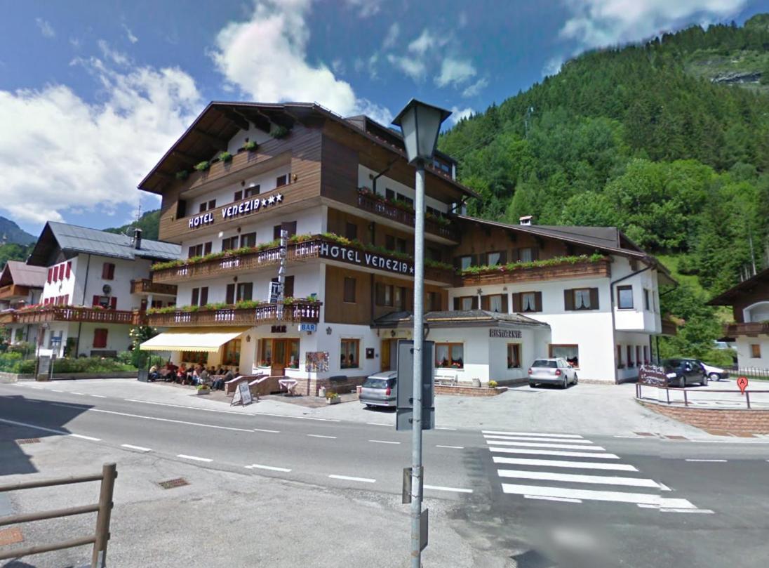 Отель  Hotel Venezia  - отзывы Booking