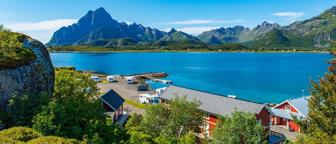 Комплекс для отдыха  Sandvika Fjord- og Sjøhuscamping  - отзывы Booking