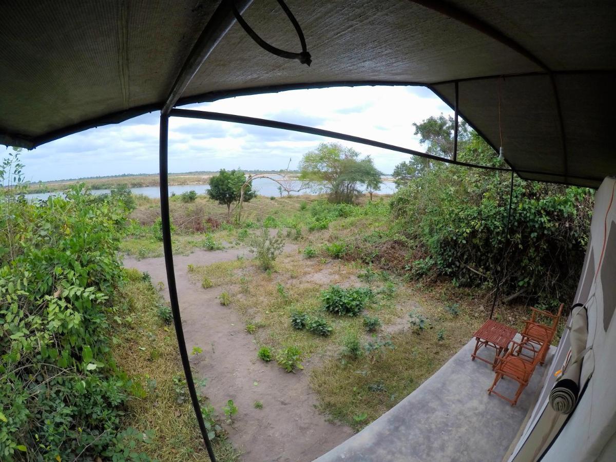 Фото  Люкс-шатер  Selous Tented Camp