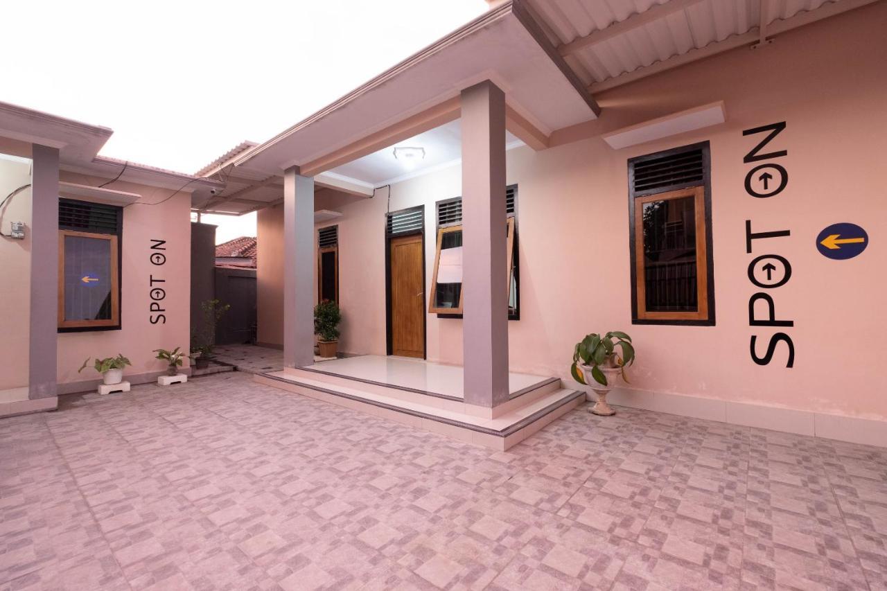 Отель  SPOT ON 1784 TNC Residence Syariah  - отзывы Booking