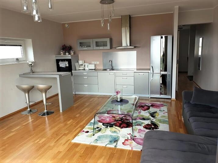 Апартаменты/квартира Skyline Apartment, Seaview