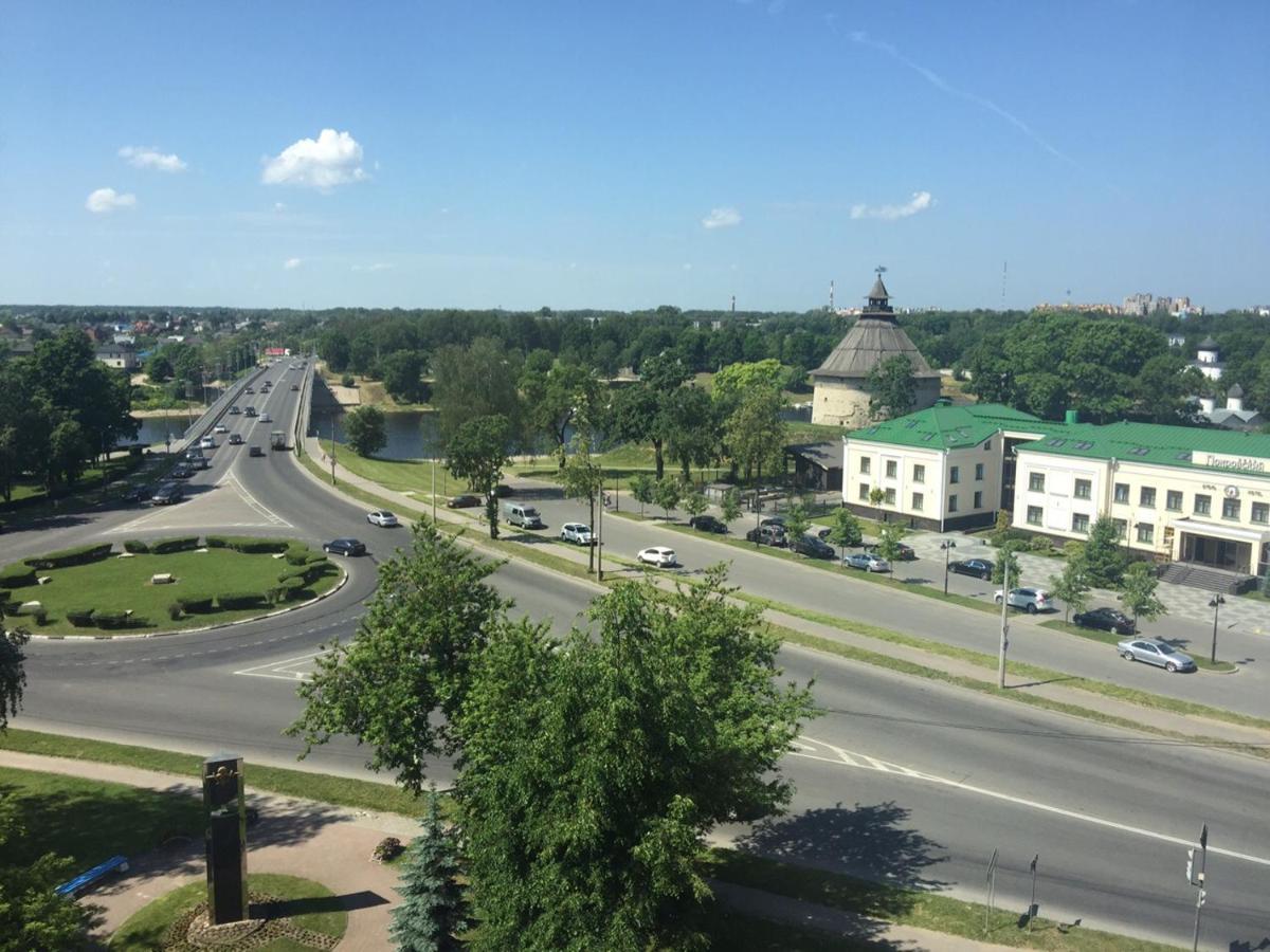 Апартаменты/квартира Квартира в центре Пскова с видом на Покровку - отзывы Booking