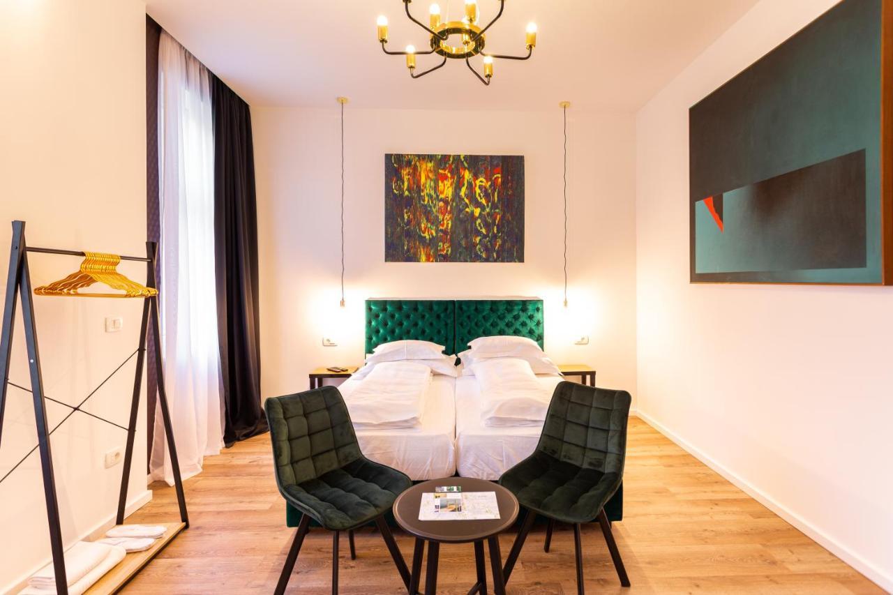 Гостевой дом  SmartRoomsZagreb  - отзывы Booking