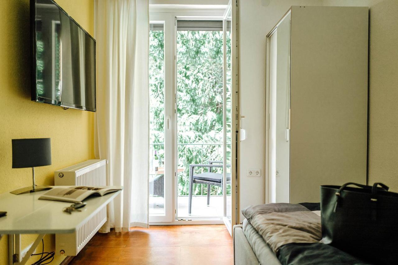 Проживание в семье  Kleines Zimmer an der TA mit Balkon (Nr.3)  - отзывы Booking
