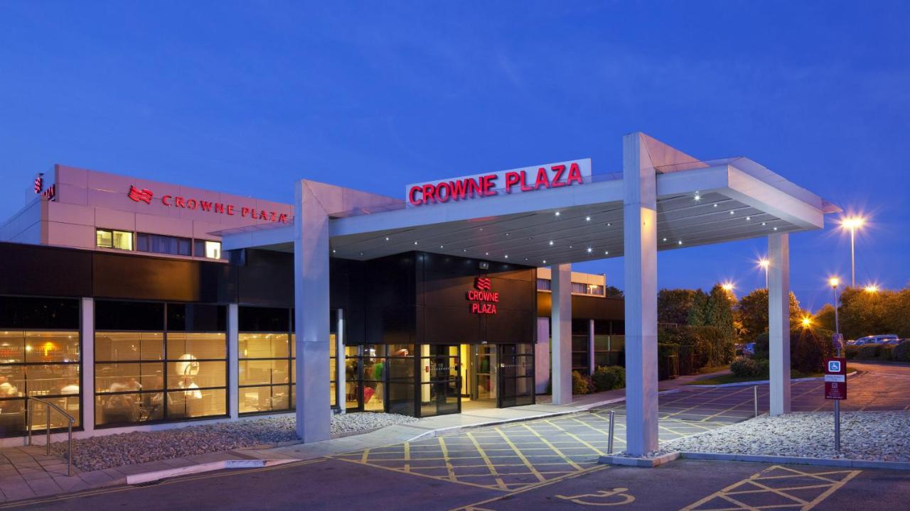 Отель  Crowne Plaza Manchester Airport