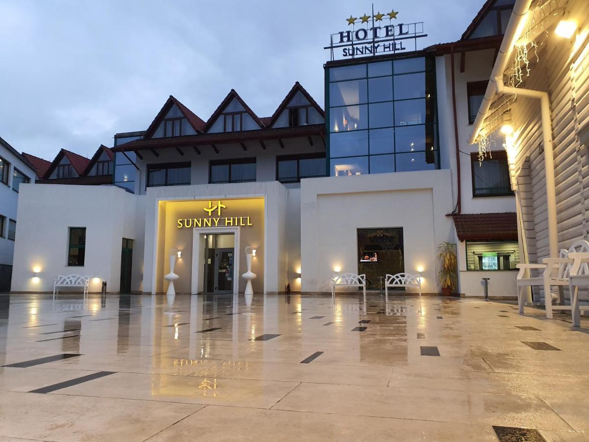 Отель  Отель  Hotel Sunny Hill