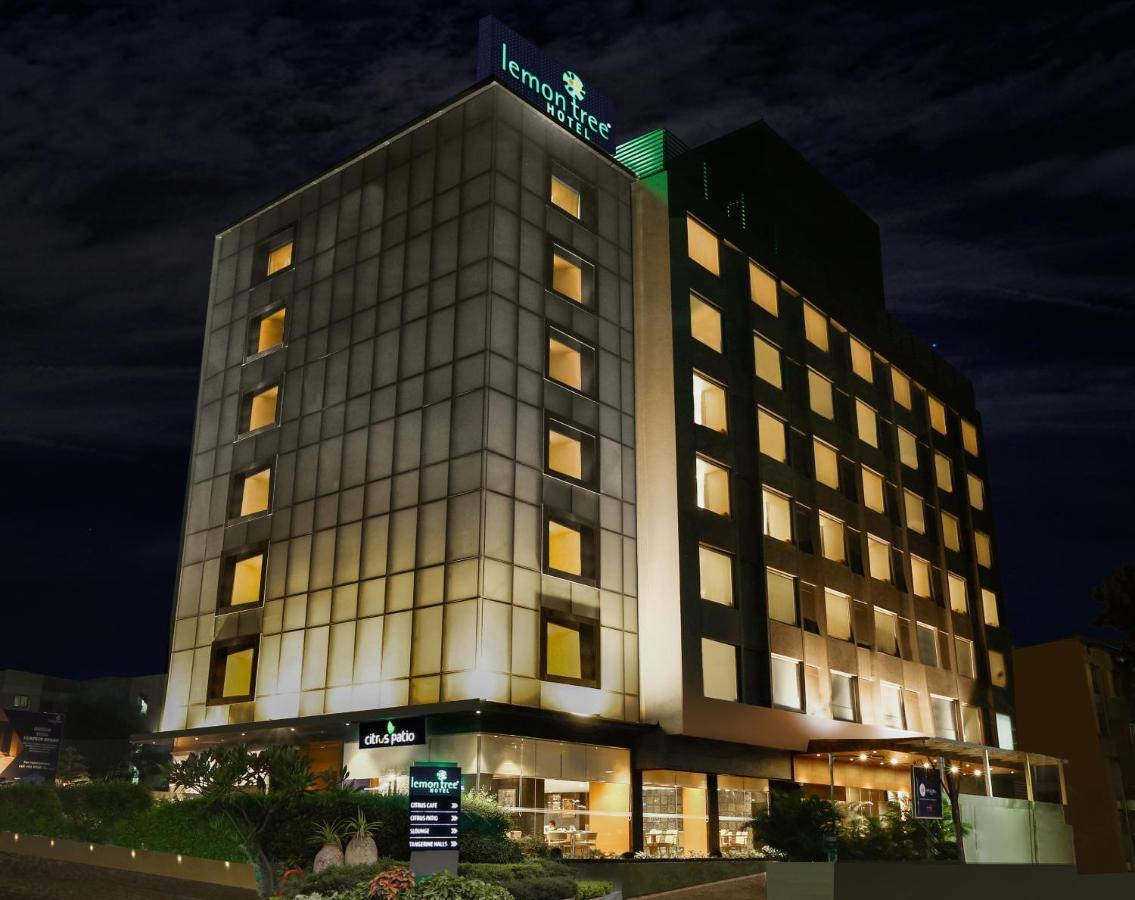 Отель  Lemon Tree Hotel Viman Nagar Pune  - отзывы Booking