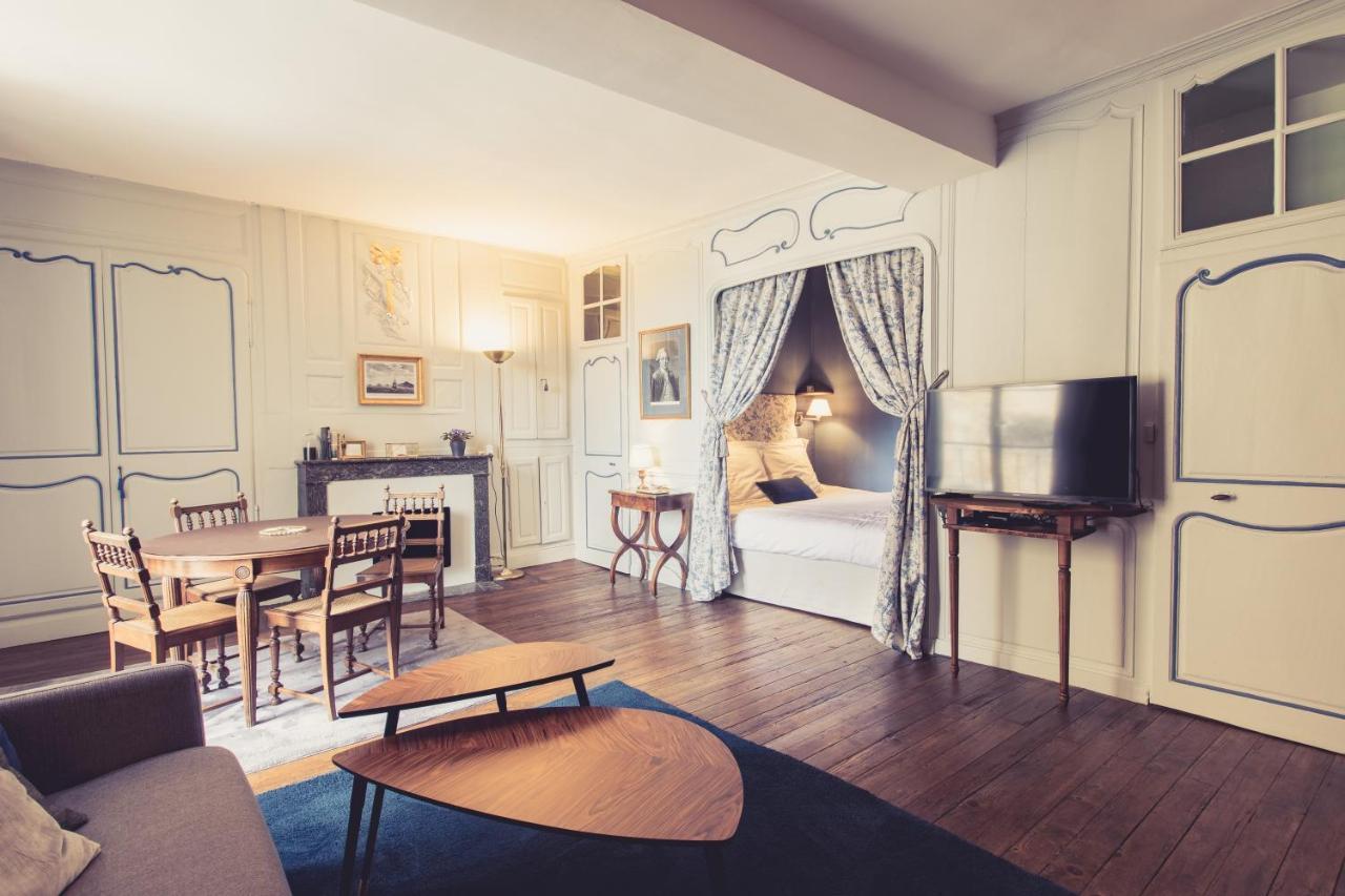 Апартаменты/квартира  La Maison de la Liberté Jean-François de La Pérouse  - отзывы Booking