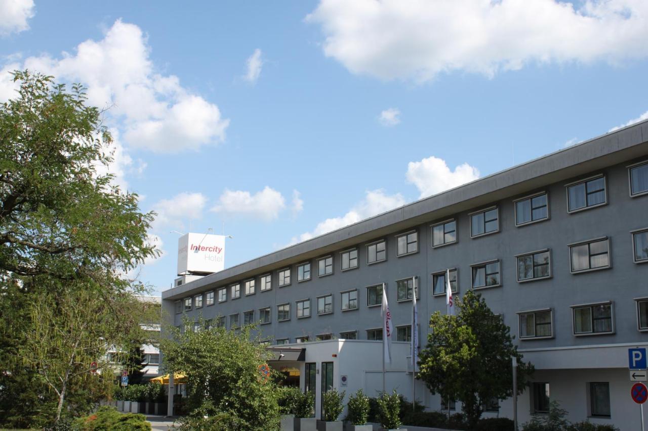Отель  IntercityHotel Frankfurt Airport  - отзывы Booking