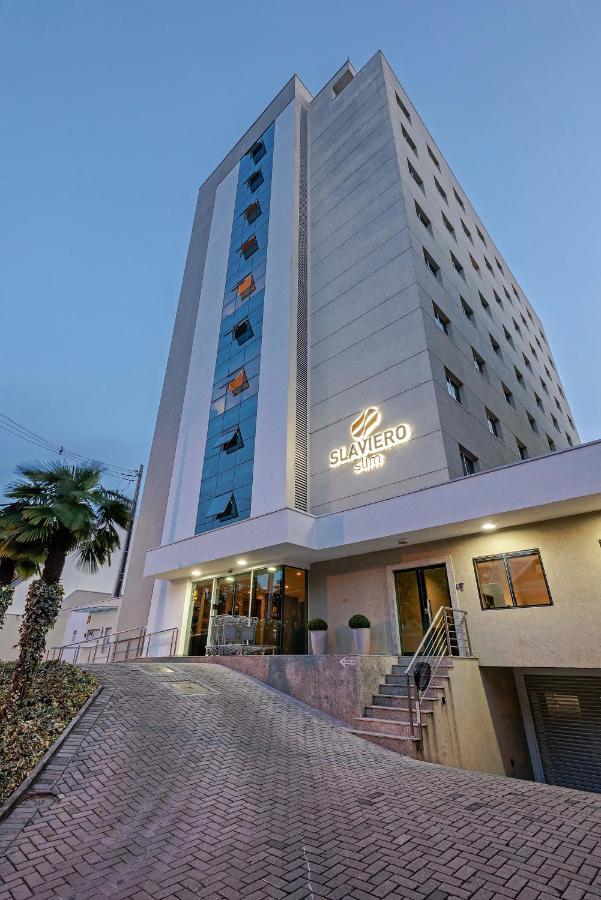 Отель  Slim Curitiba Av. Das Torres By Slaviero Hotéis