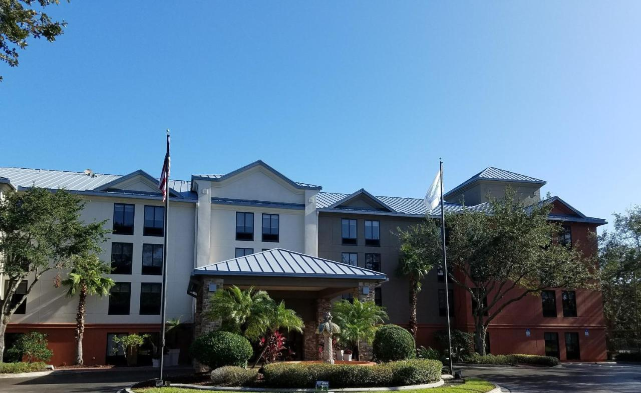 Отель  Отель  Holiday Inn Express Hotel & Suites Jacksonville-South