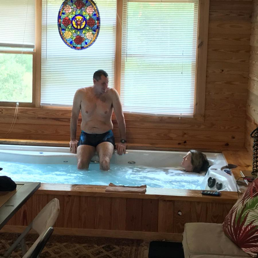 Лодж  PRIVATE Log Cabin With Indoor Pool Sauna And Gym YOU RENT IT ALL NO ONE ELSE