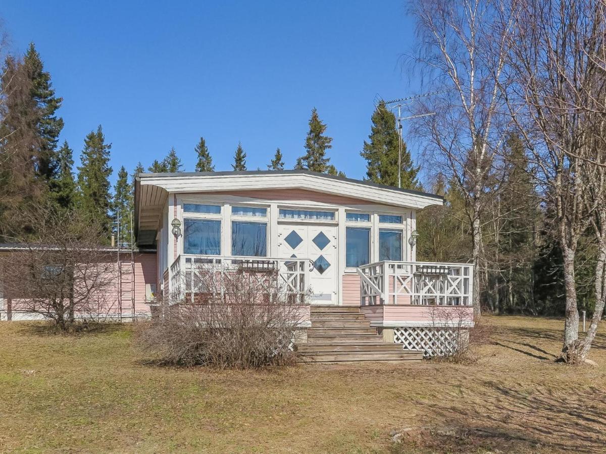 Дом для отпуска  Holiday Home Tiirannokka
