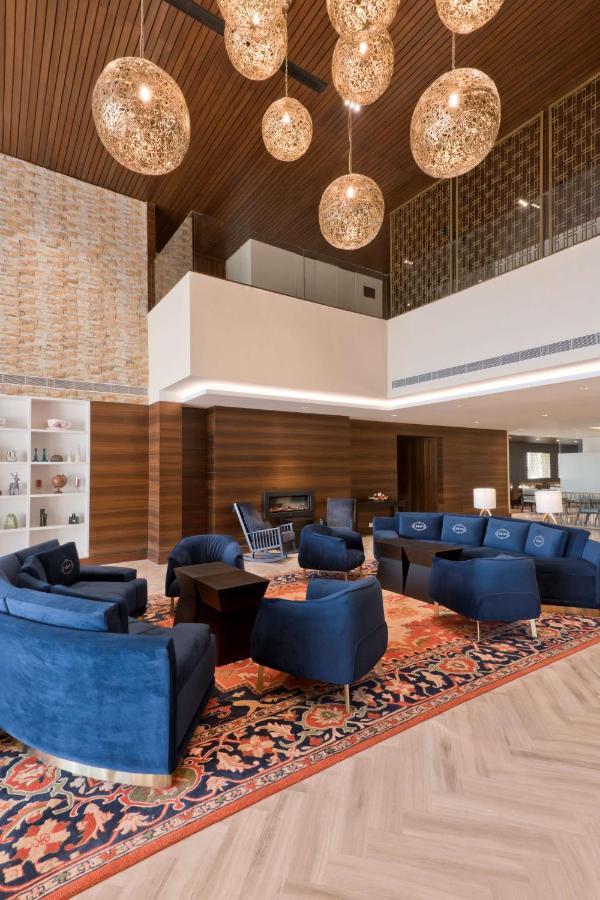 Отель  Country Inn & Suites by Radisson Chandigarh Zirakpur  - отзывы Booking