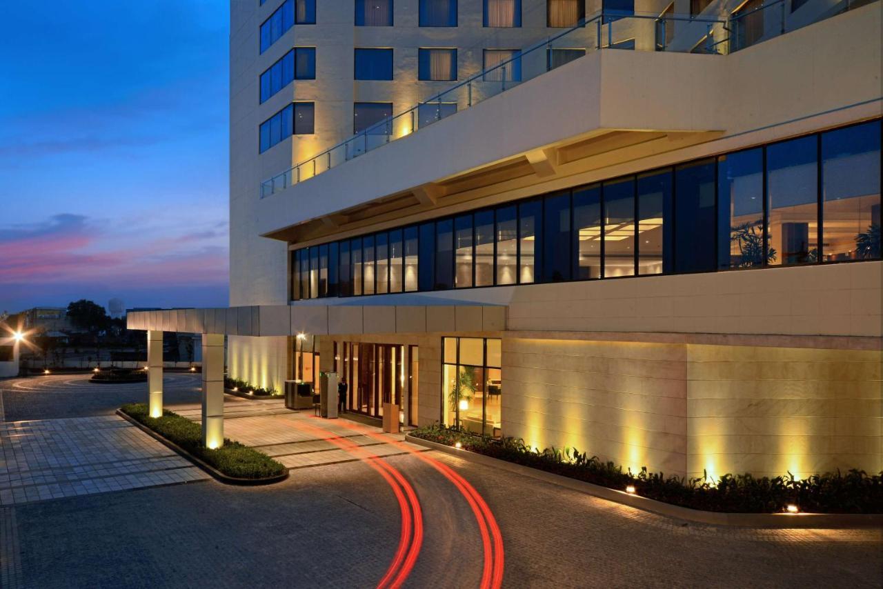 Отель  Отель  Park Plaza Chandigarh Zirakpur