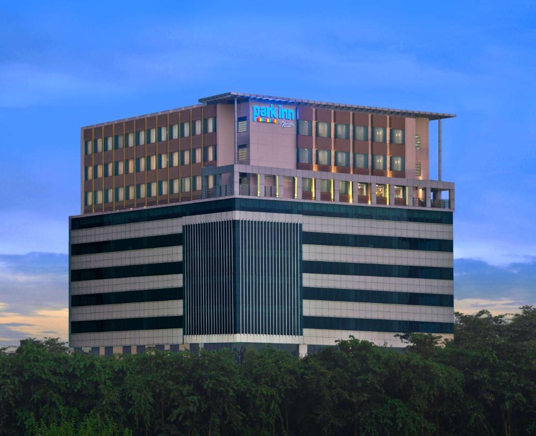 Отель  Отель  Park Inn By Radisson Amritsar Airport