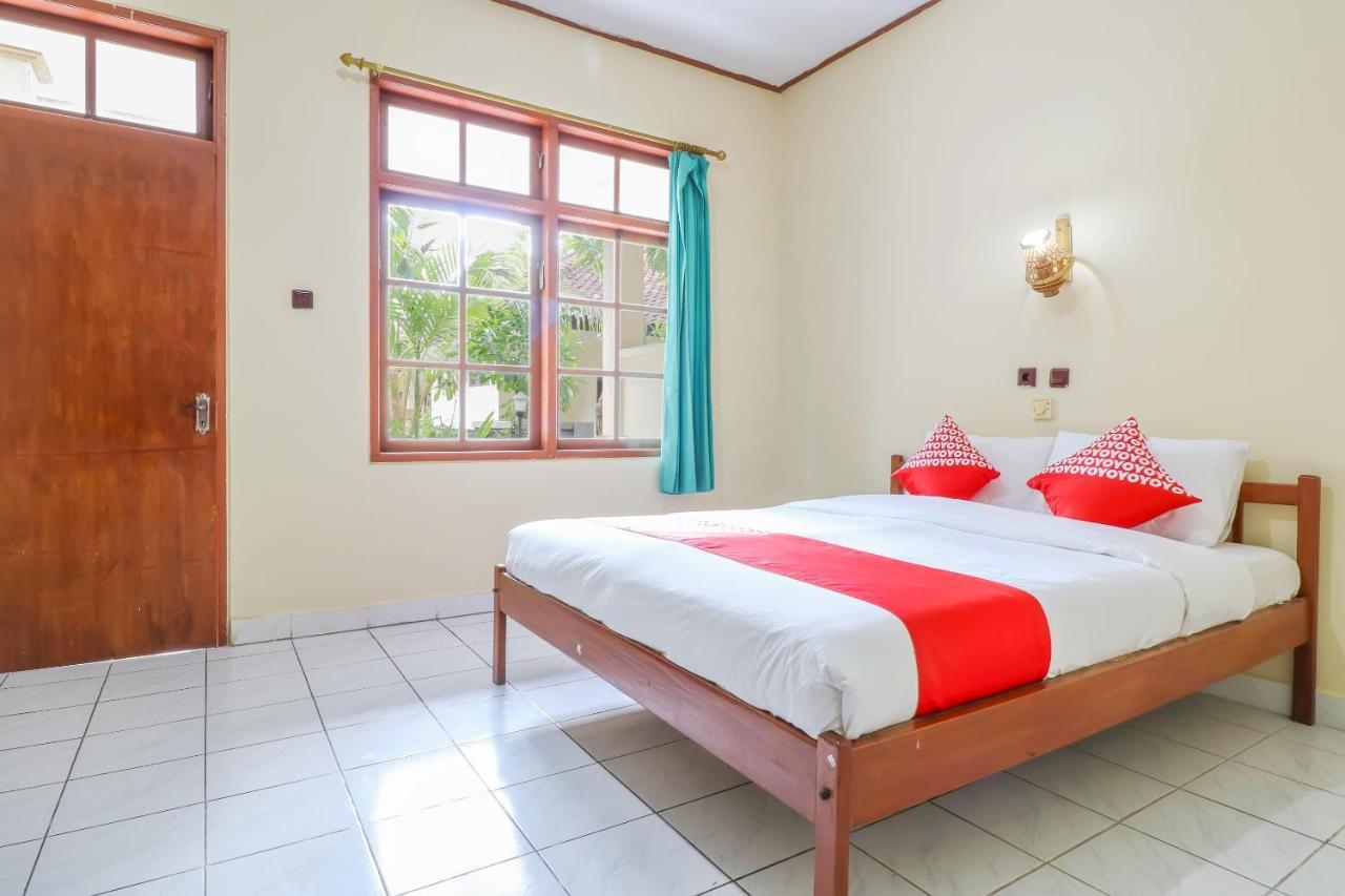Отель  OYO 1654 Maha Bharata Kuta Inn  - отзывы Booking