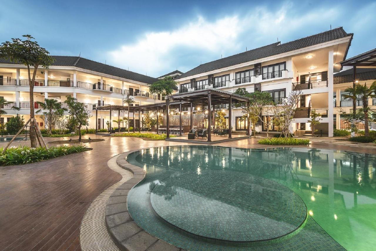 Lido Lake Resort By Mnc Hotel Bogor Indonesia Booking Com