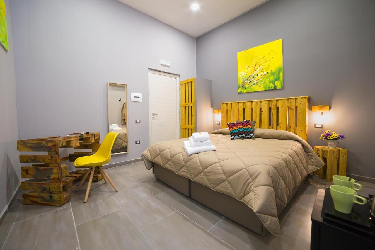 Гостевой дом  Le 4 Stagioni Dante H. Napoli Centro  - отзывы Booking