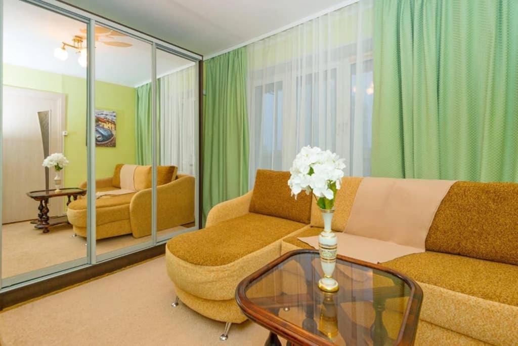 Апартаменты/квартира Уютная 2к-квартира на ул. Ферганская (м. Выхино)