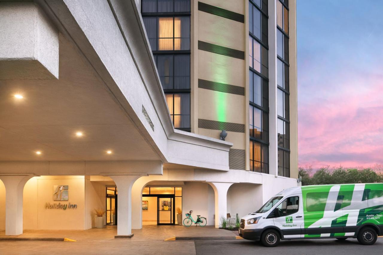 Отель  Holiday Inn Austin -Town Lake