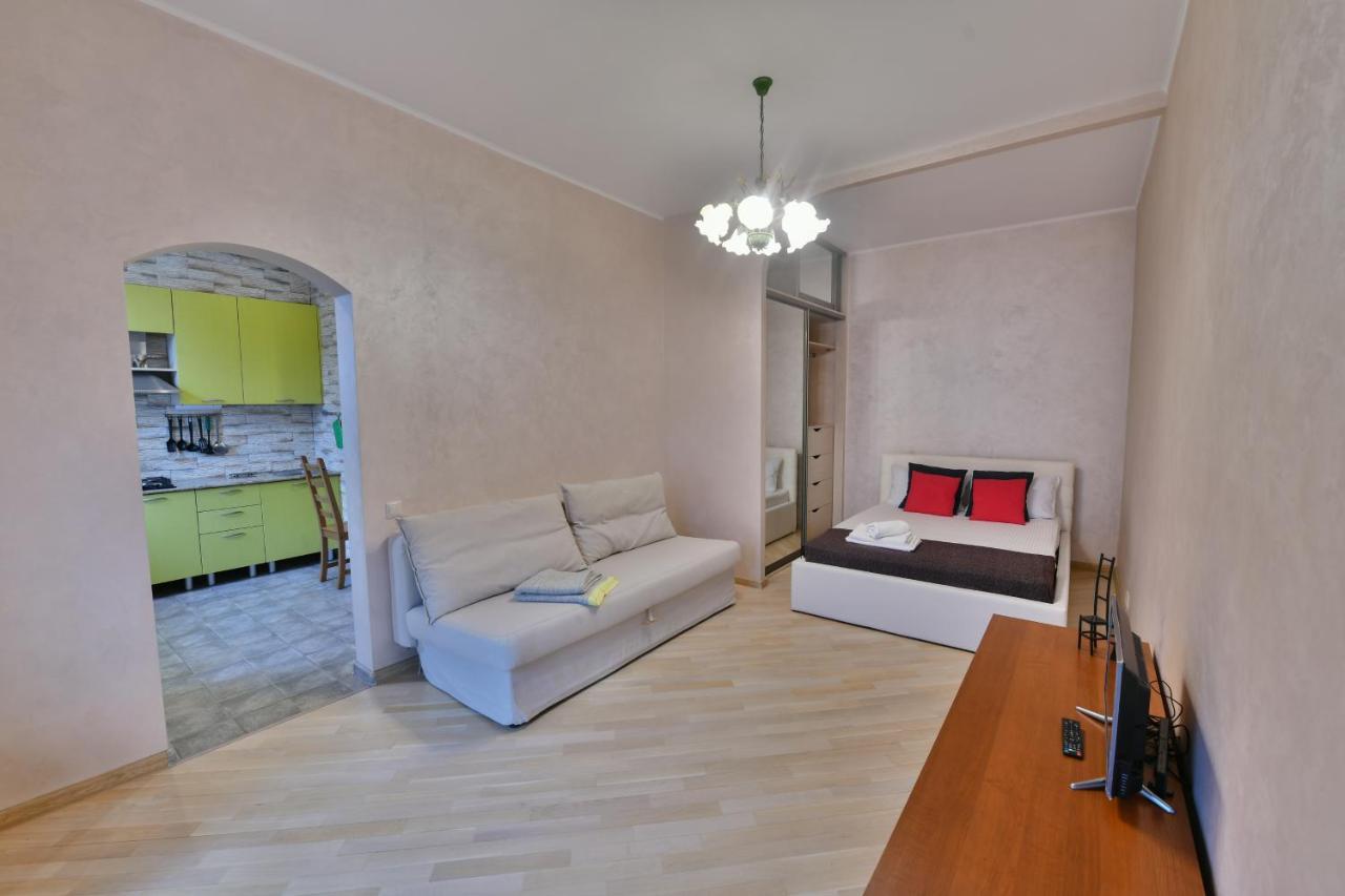 Апартаменты/квартира  1-комнатная квартира в Москве на пр Мира, 112