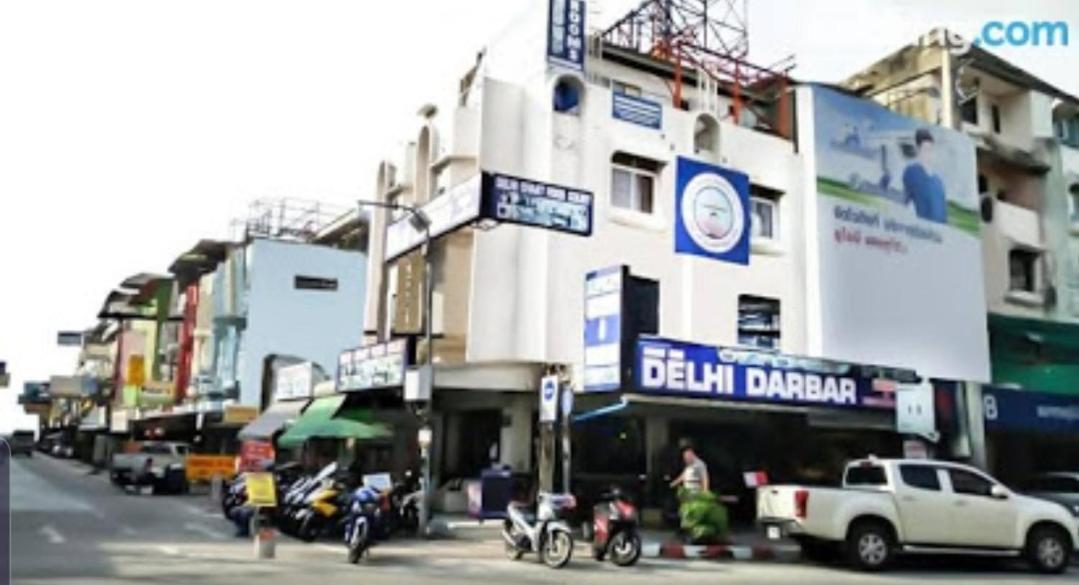 Отель  Hari Om Delhi Darbar