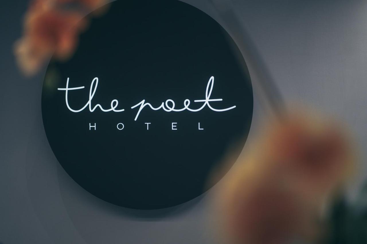 Отель  The Poet Hotel  - отзывы Booking