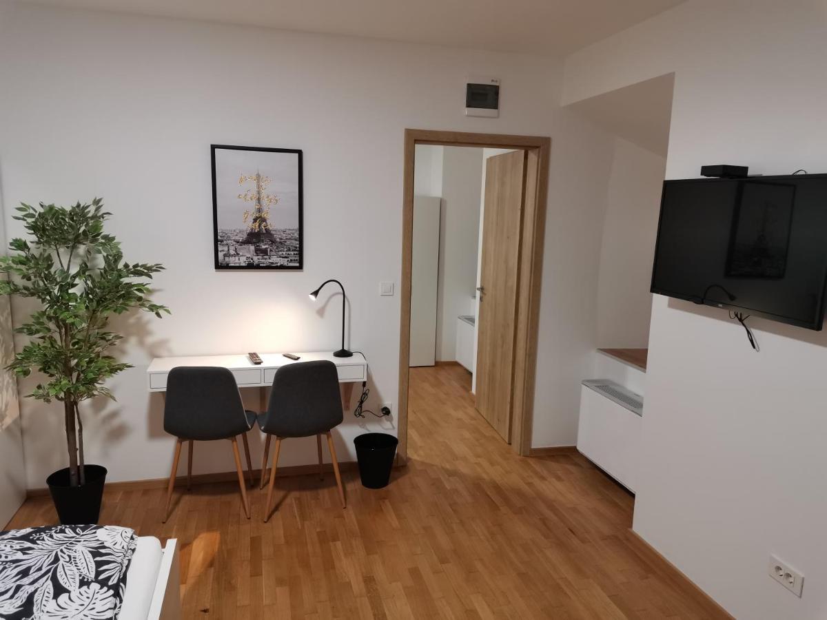 Загородный дом  PUBYLAND ROOMS & APARTMENTS  - отзывы Booking