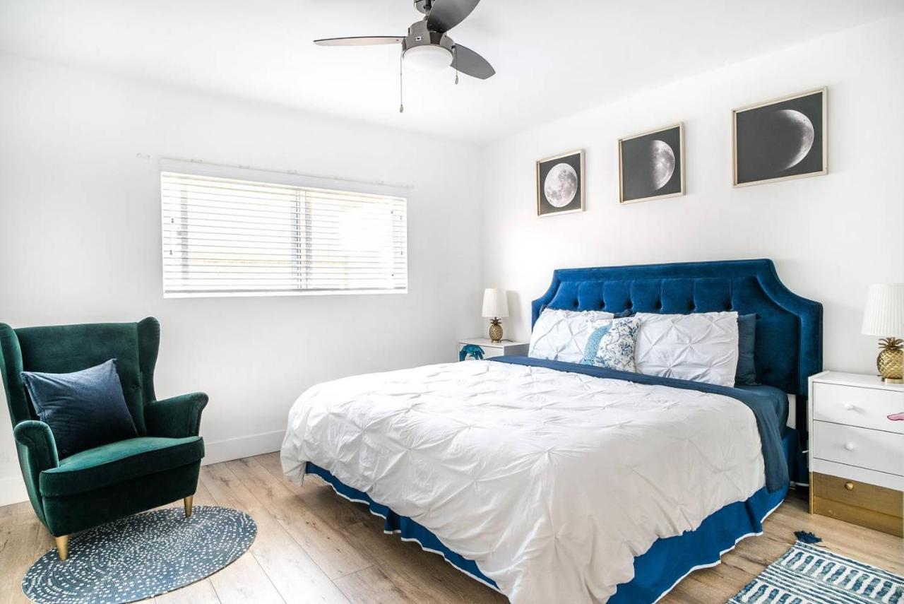 Апартаменты/квартира  Airy Quiet Art & Design Oasis Mins To LAX & Beaches//Artbnb