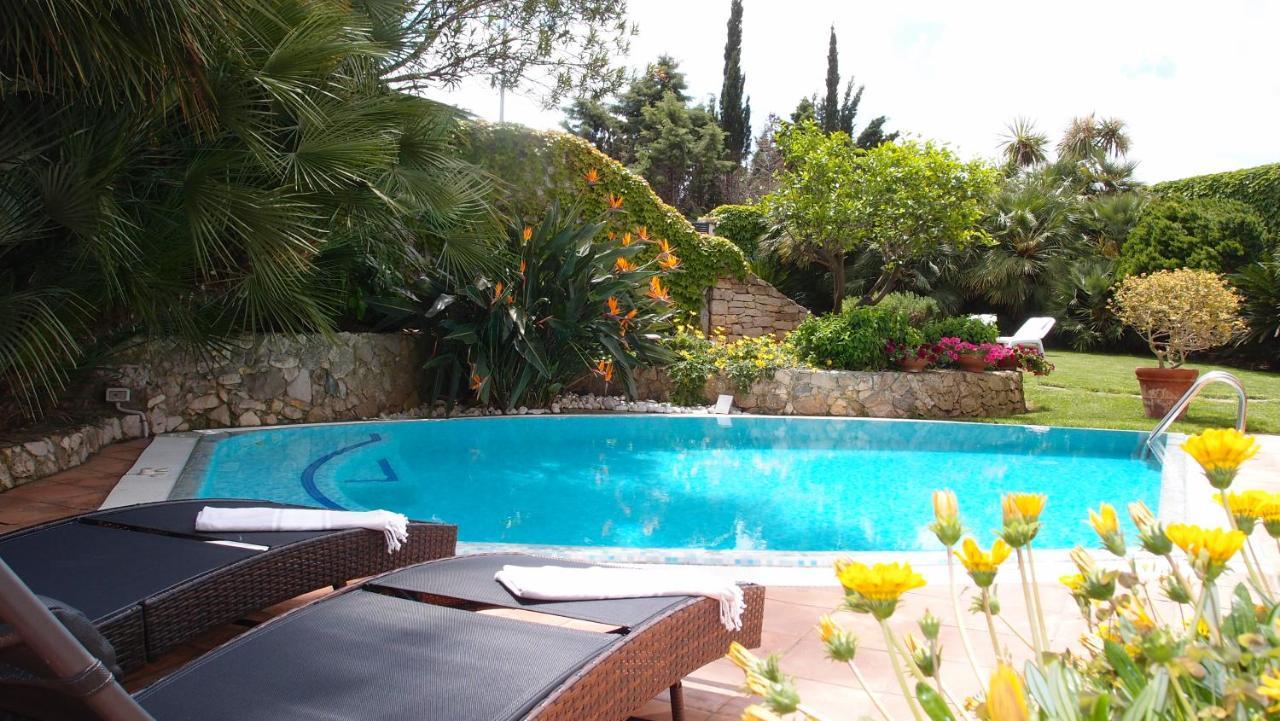 Cameliesuites Lecce Villa Con Italia Merine Booking Com