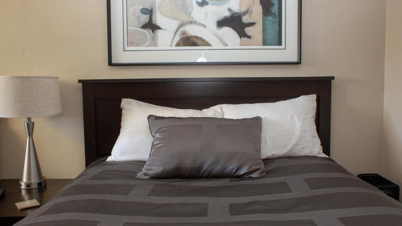 Отель Mark III, INN & Suites - отзывы Booking
