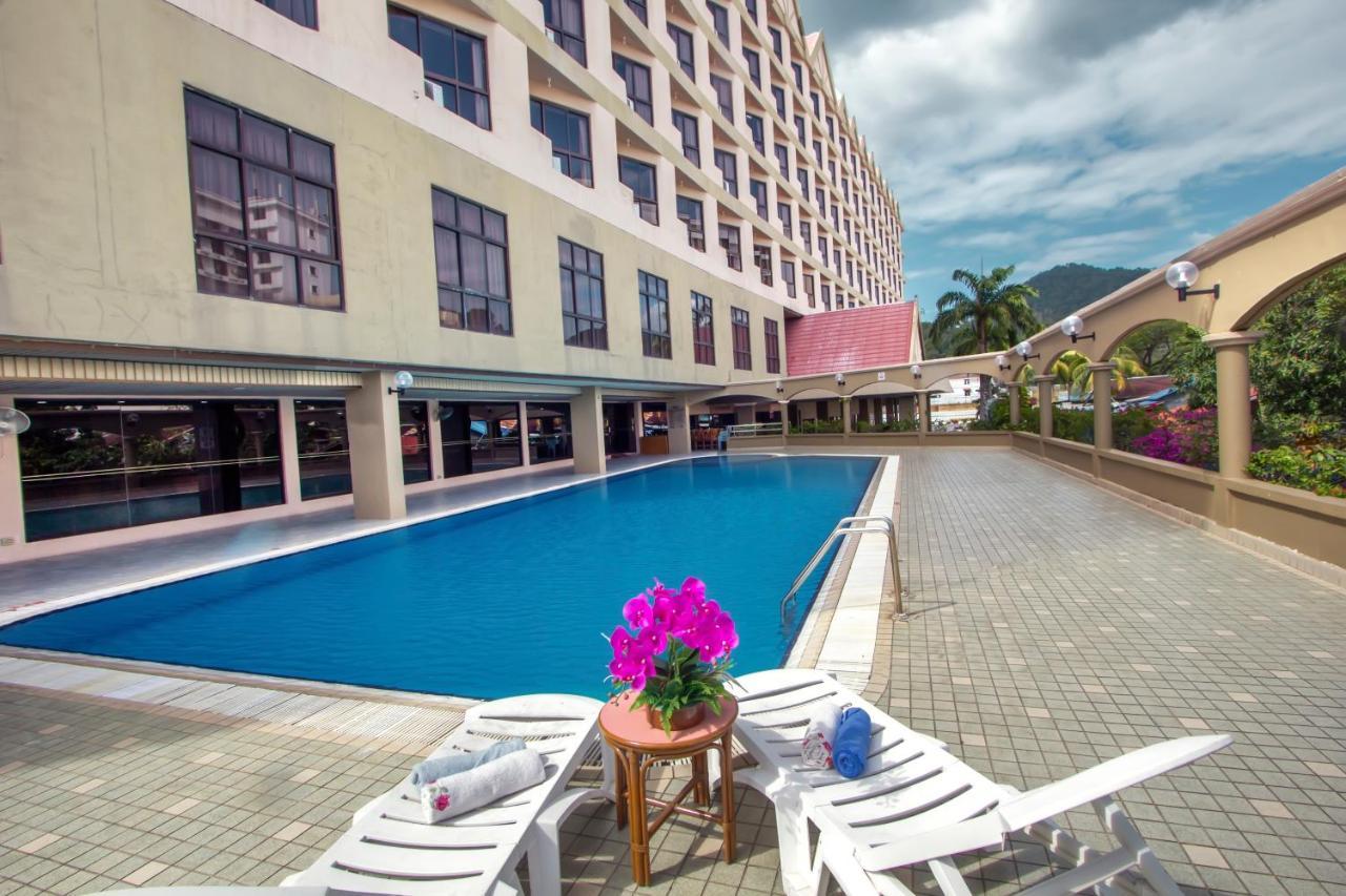 Отель  Hotel Grand Continental Langkawi  - отзывы Booking