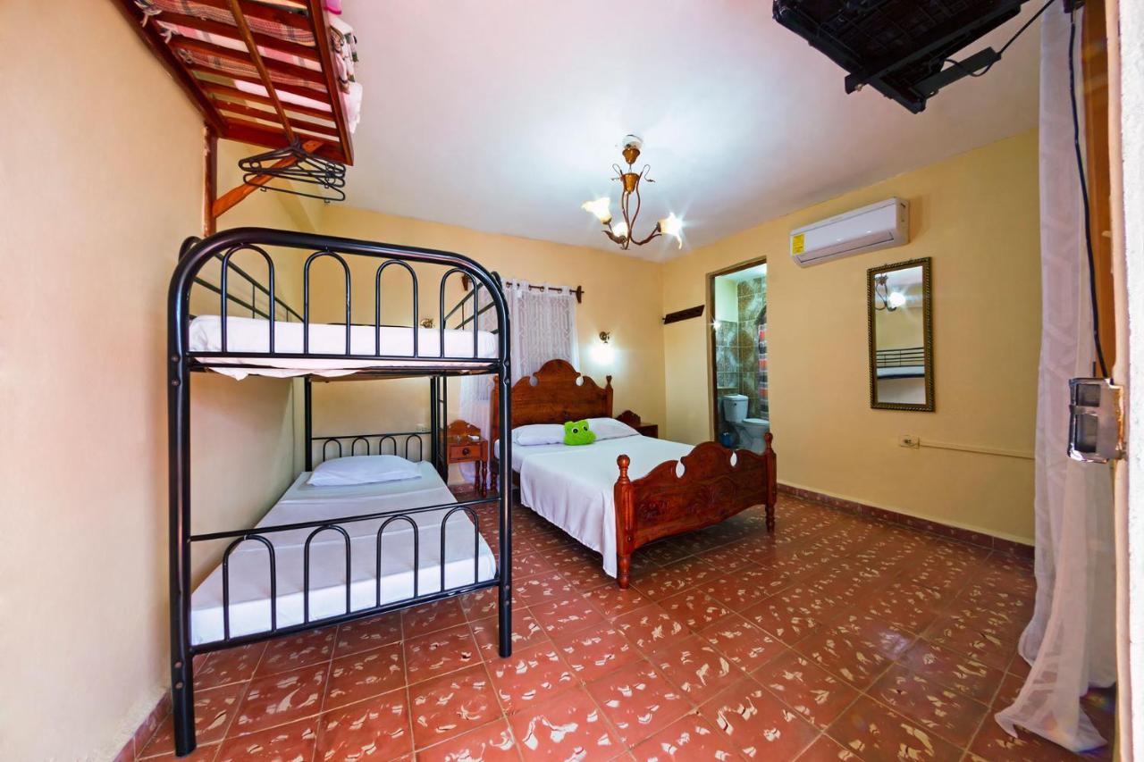Проживание в семье  Hostel Noel y Nury  - отзывы Booking