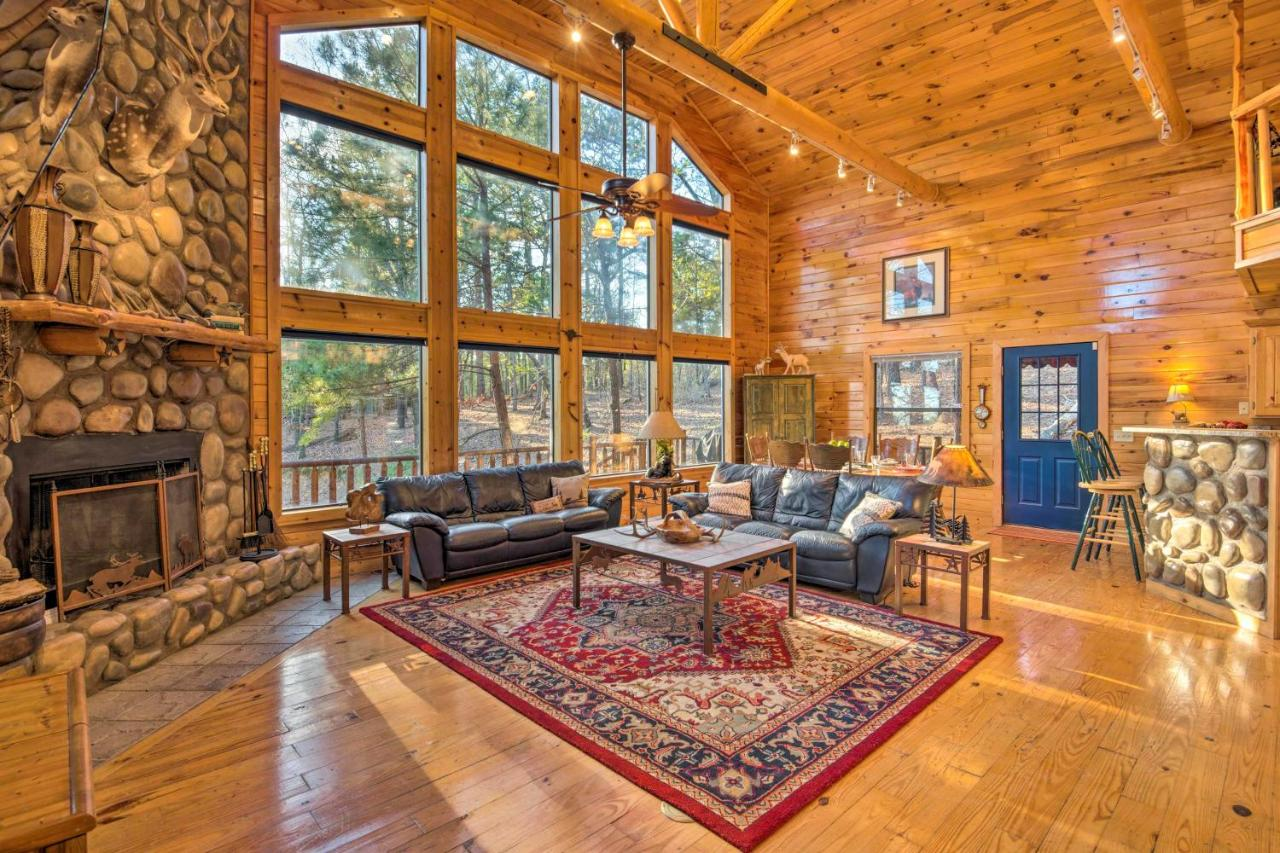 Spacious Luxury Cabin With Hot Tub Near Beavers Bend Broken Bow Updated 2021 Prices