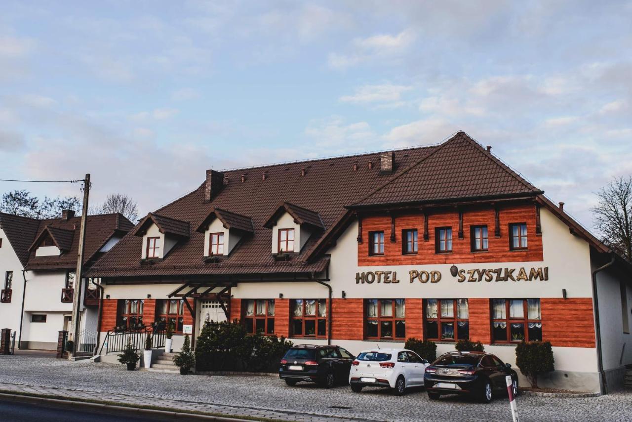 Отель Zajazd Pod Szyszkami