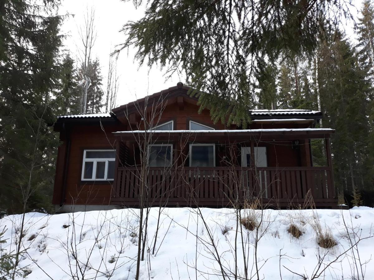 Дом для отпуска  Kottarainen Cottages pieni  - отзывы Booking