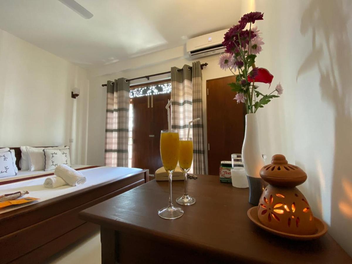 Отель типа «постель и завтрак»  Mihira Gedara Apartments  - отзывы Booking