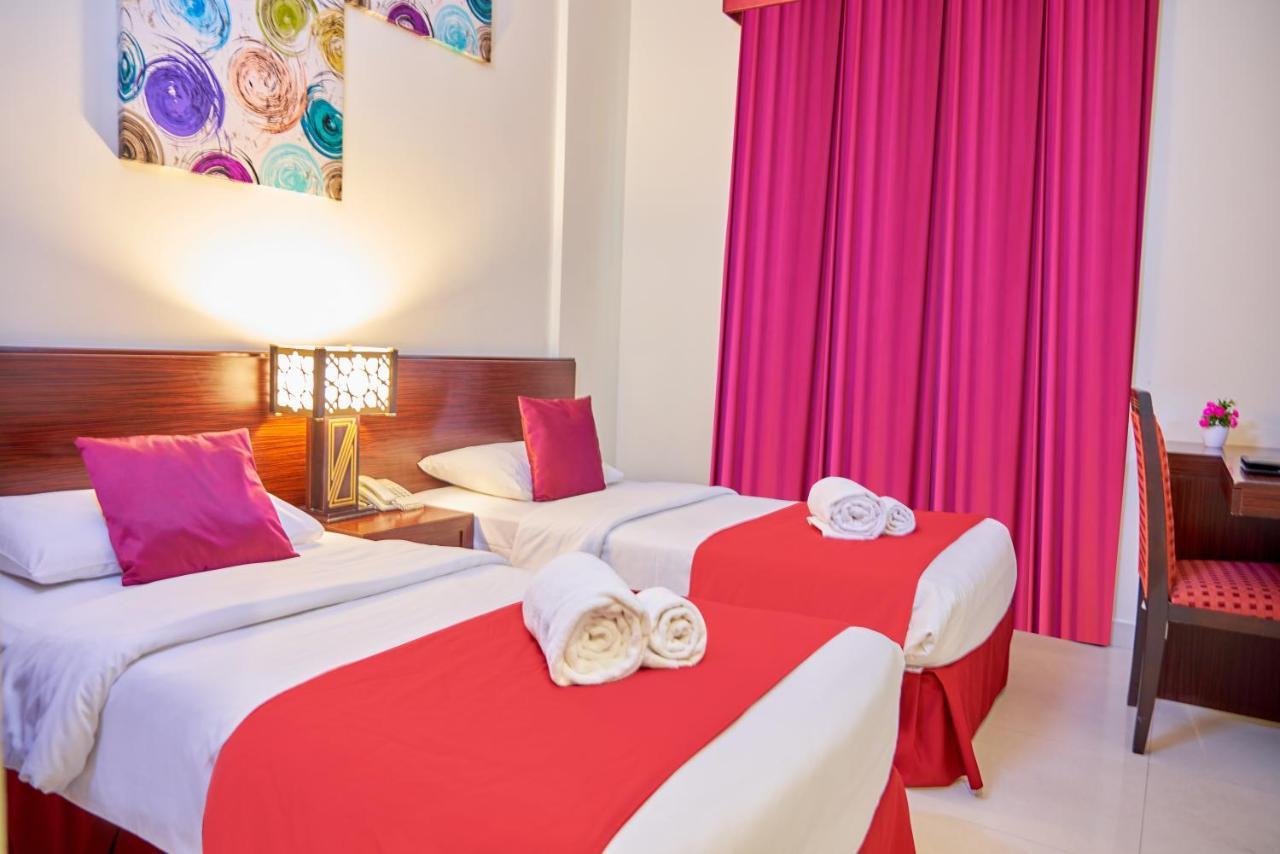 Отель  Отель  Grand Square Hotel